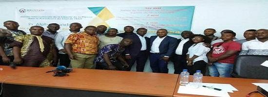 0305 56619 guinee l agence de communication wassolon renforce les capacites des journalistes locaux en matiere de choix d angle de reportages m