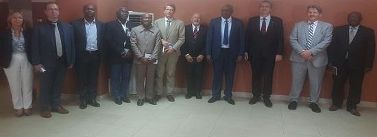 Crise socio politique le ministre detat me cheick sako a recu le groupe des ambassadeurs du g5 guinee1 13 11 2018